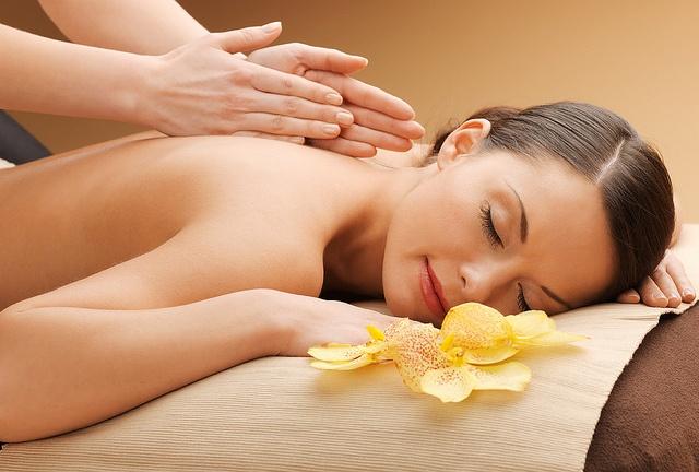 massaggio hawaiiano